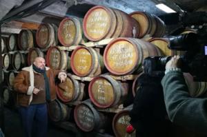 Crama - butoaie de stejar vin